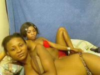 2BELLESNOIRES's Webcam Show