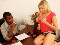 Kylie Reese Slammed By Hung Black Stud