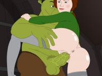 Princess Fiona impales herself on Shrek's big dong