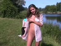 Teen candy shows her nude body on a public beach