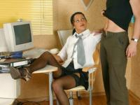 Delivery boy gets some sweet blowjob from hot secretary