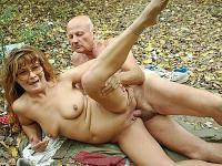 Outdoor Fucking Granny