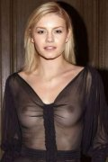 Elisha Cuthbert is so very pretty so very sexy and so naked