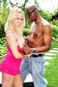 Sean Michaels and Totally Tabitha