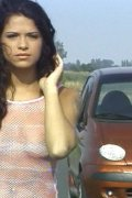 Latina babe with car troubles fucks a stranger